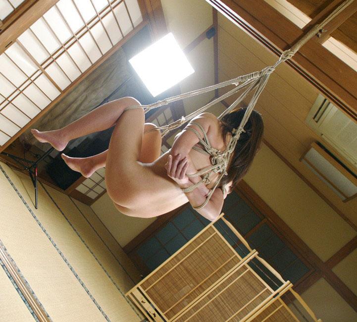 【緊縛エロ画像】ドMな彼女ができたときのために緊縛画像で勉強しておこう! 19