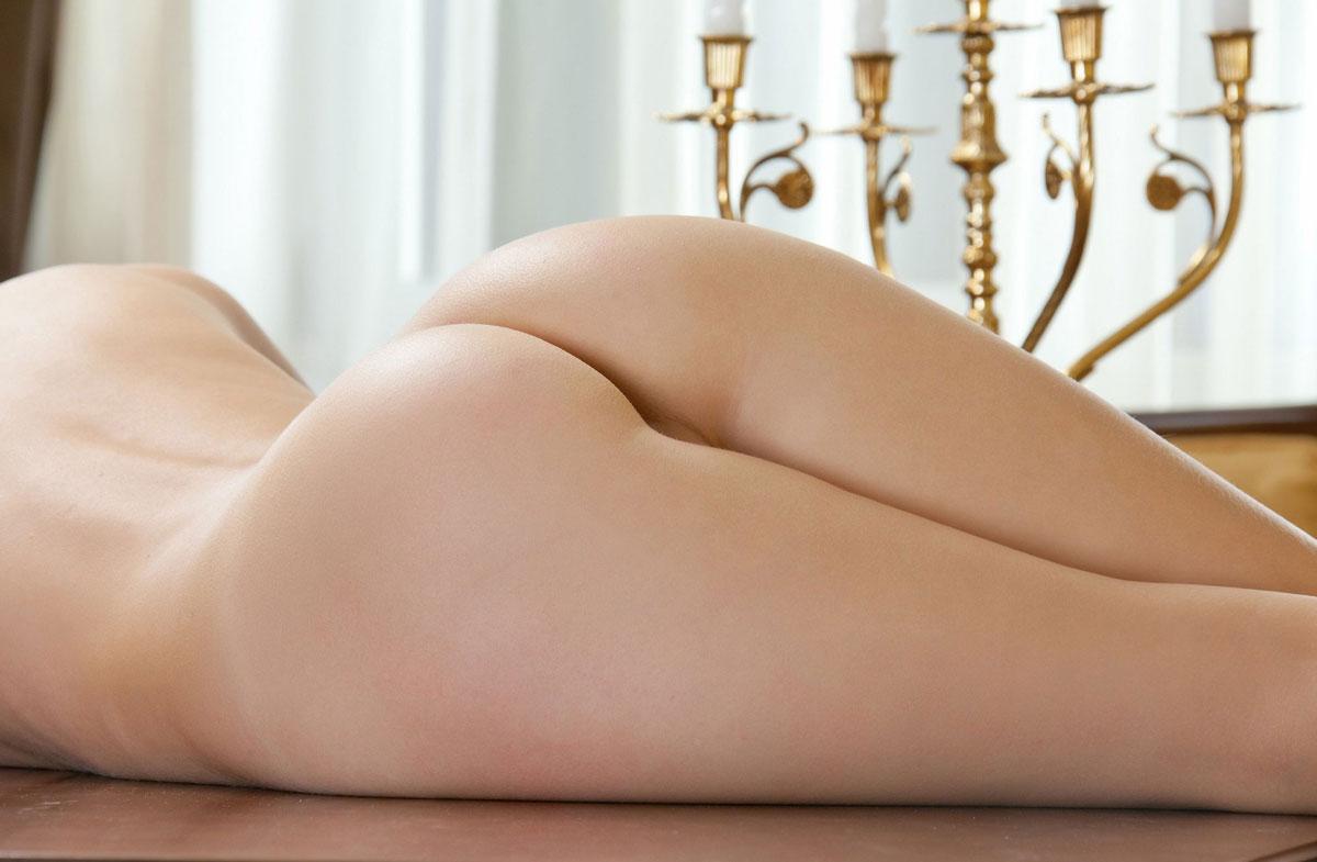【美尻エロ画像】自信たっぷりにお尻をアピールしている系の安産型の女性たちwww 01
