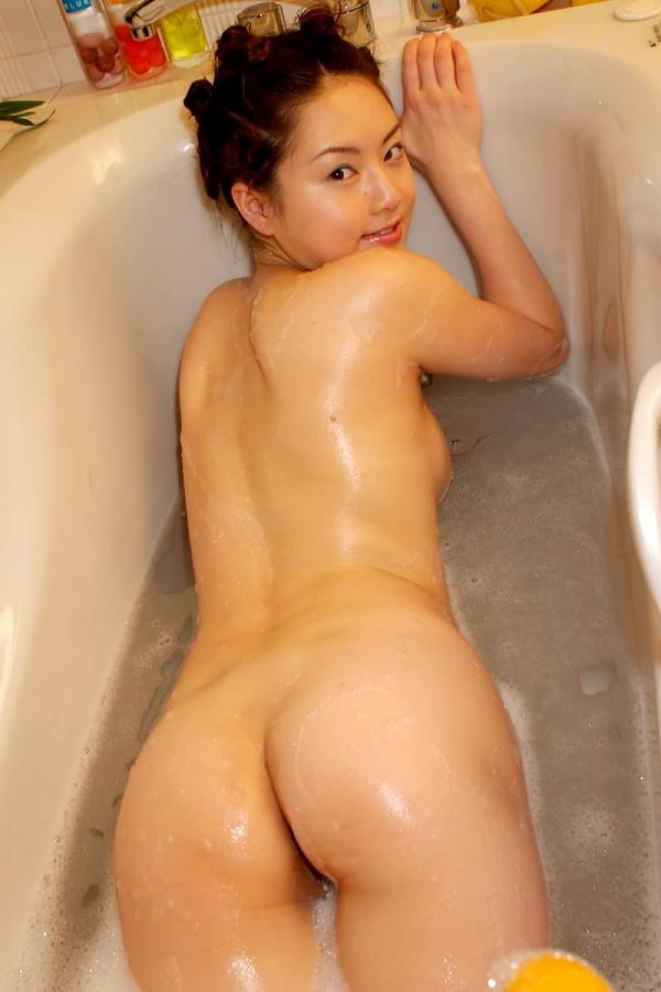 【美尻エロ画像】強烈にセックス欲を刺激してくる美尻画像を見て忍耐力を鍛えよう! 14