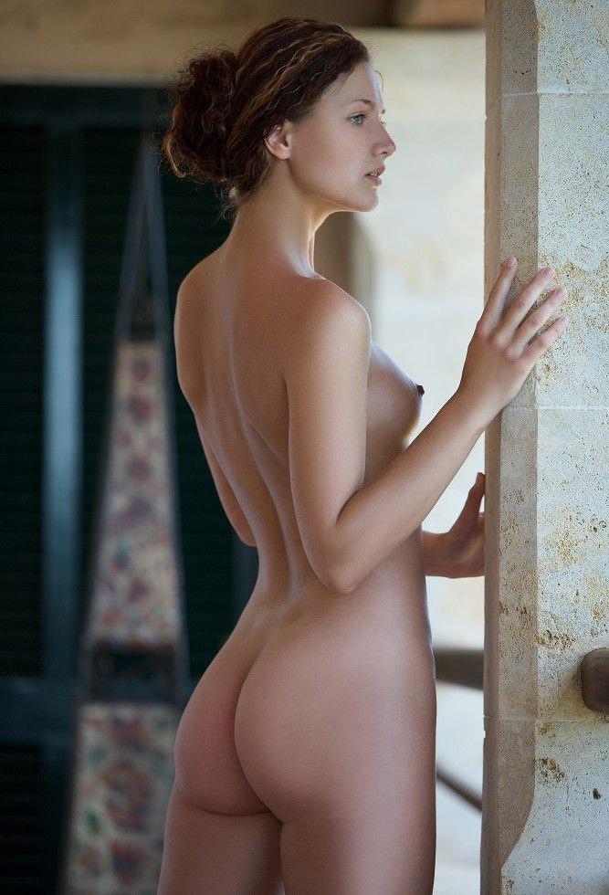 【外国人エロ画像】パツキンのチャンネーとのセックスはパワーがいるwww 11