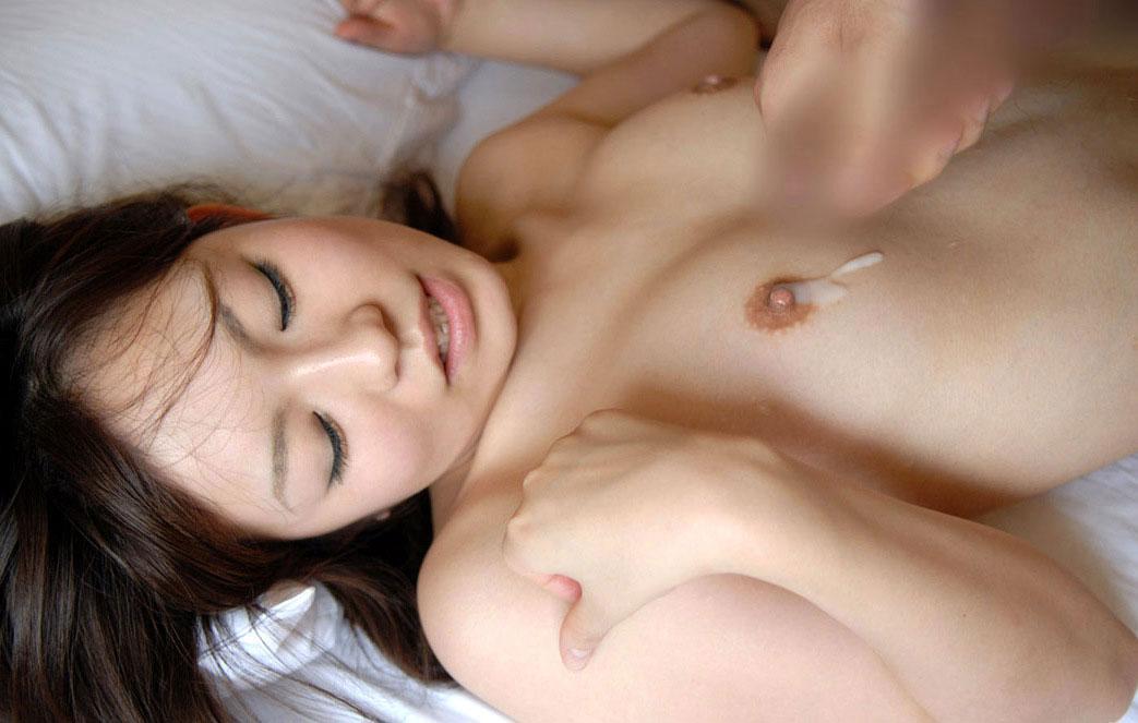 【事後エロ画像】セックス直後で光悦している精液かかった女の子がエロすぎるwww 17