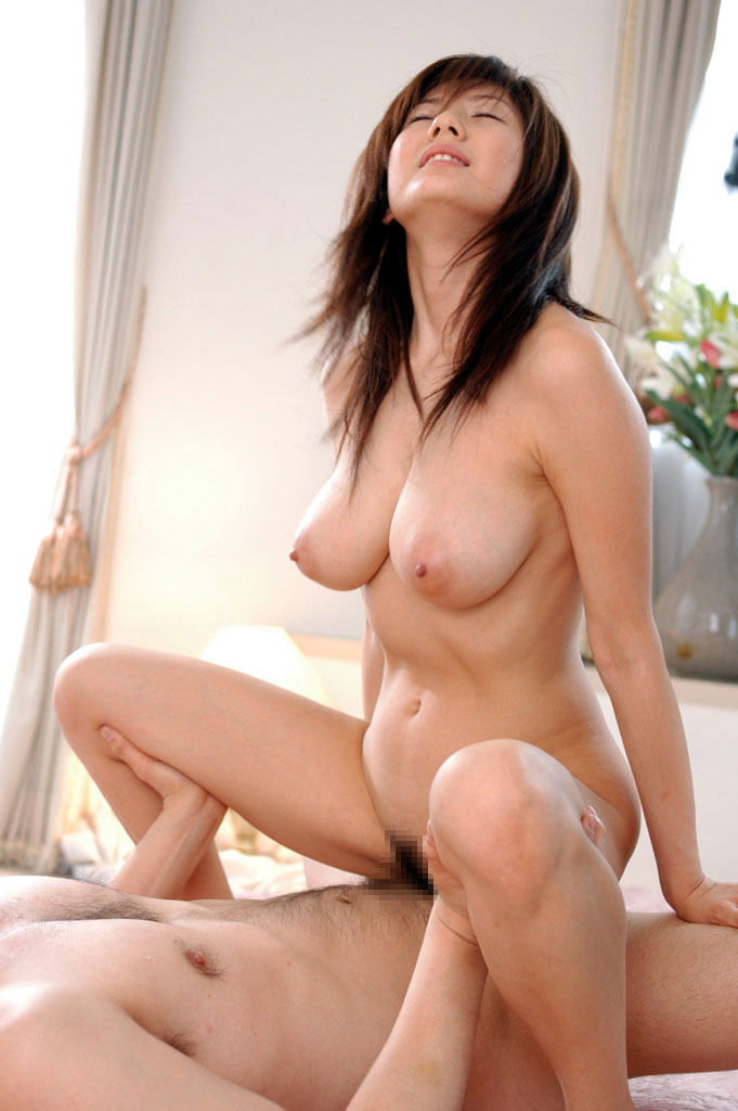 【セックスエロ画像】今夜のオカズ用に美人さんのセックス画像を置いておきますね! 24