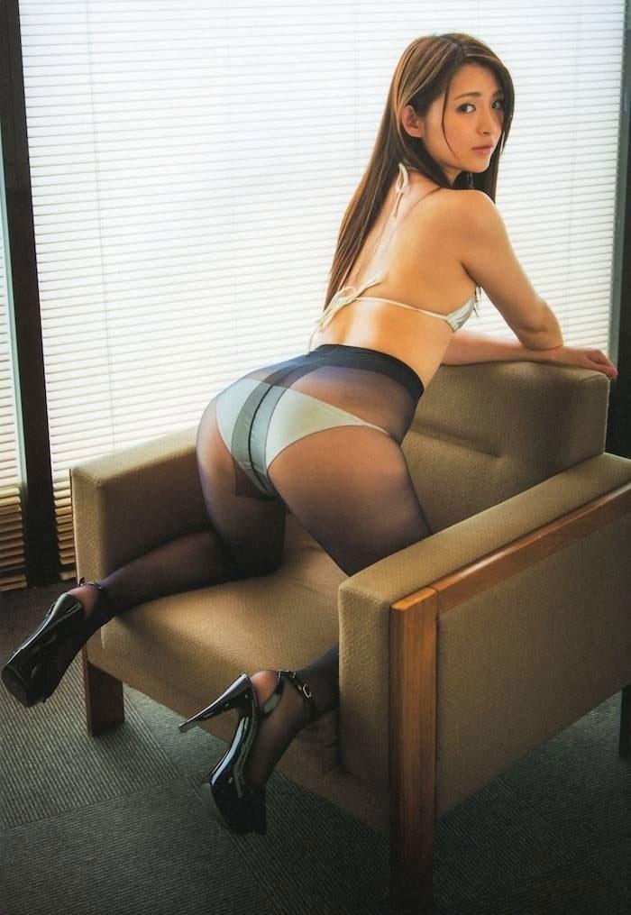 【美尻エロ画像】よくわからないまとめから除外した抜けるケツしたスタイルのいい女性たち! 11