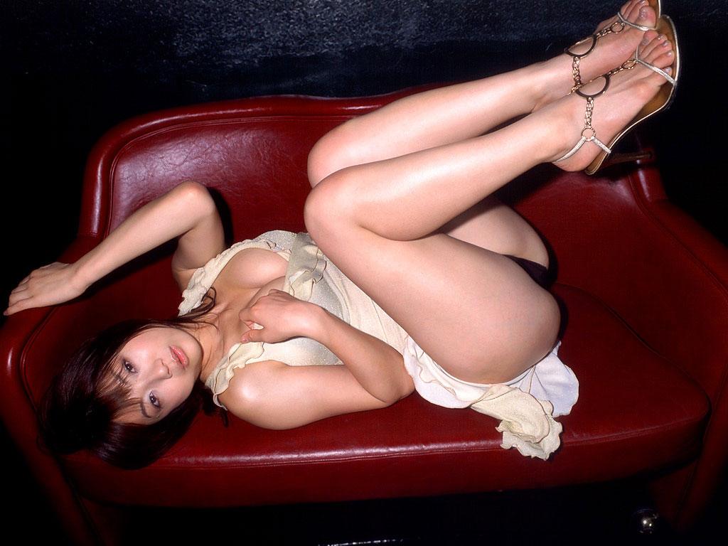 【太股エロ画像】膝枕してモフモフしたくなるムッチリ太ももまとめ!