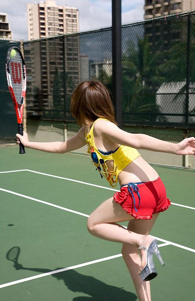【コスプレエロ画像】テニスウェアの清純さにエロスを感じずにはいられないwww 16