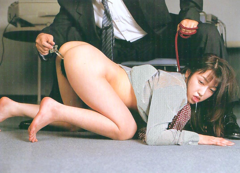 【首輪エロ画像】飼い主への忠誠を表情で示してしまっているドMペットの皆さんwww 08
