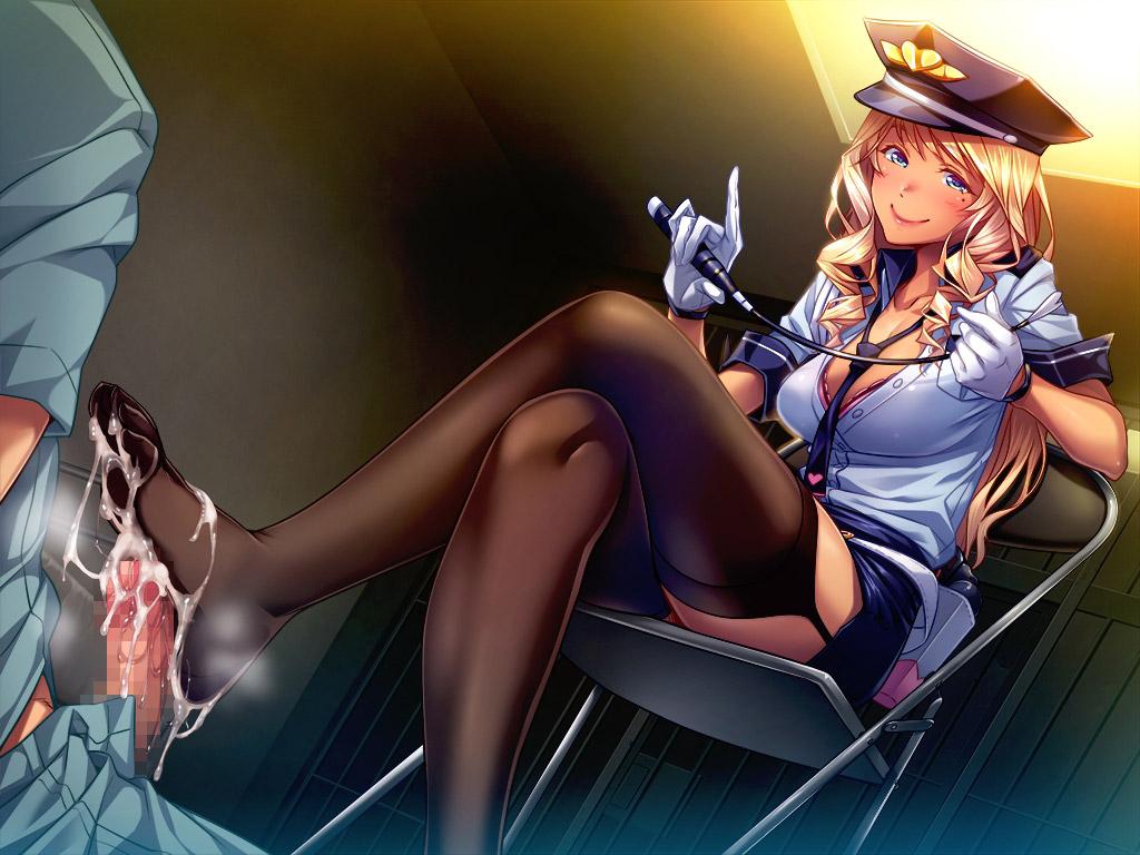 【婦警エロ画像】若くて可愛くて巨乳な婦警さんに息子の取り締まりをお願いしたいです! 25