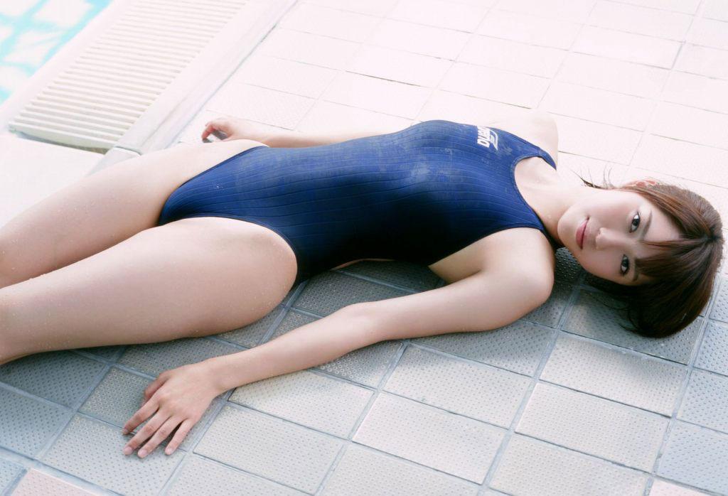 【スク水エロ画像】いつでも男を青春に戻してくれるスクール水着という魔性のアイテムwww 29