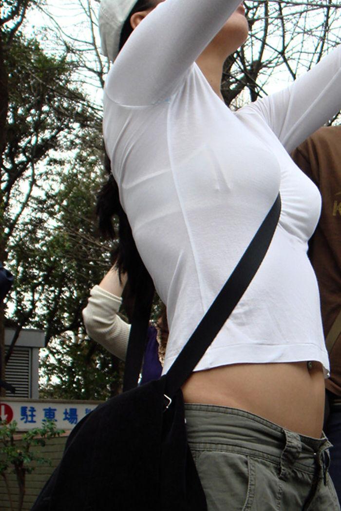 【巨乳エロ画像】素人にしておくのはもったいないレベルの巨乳ちゃんたちを街撮り! 19