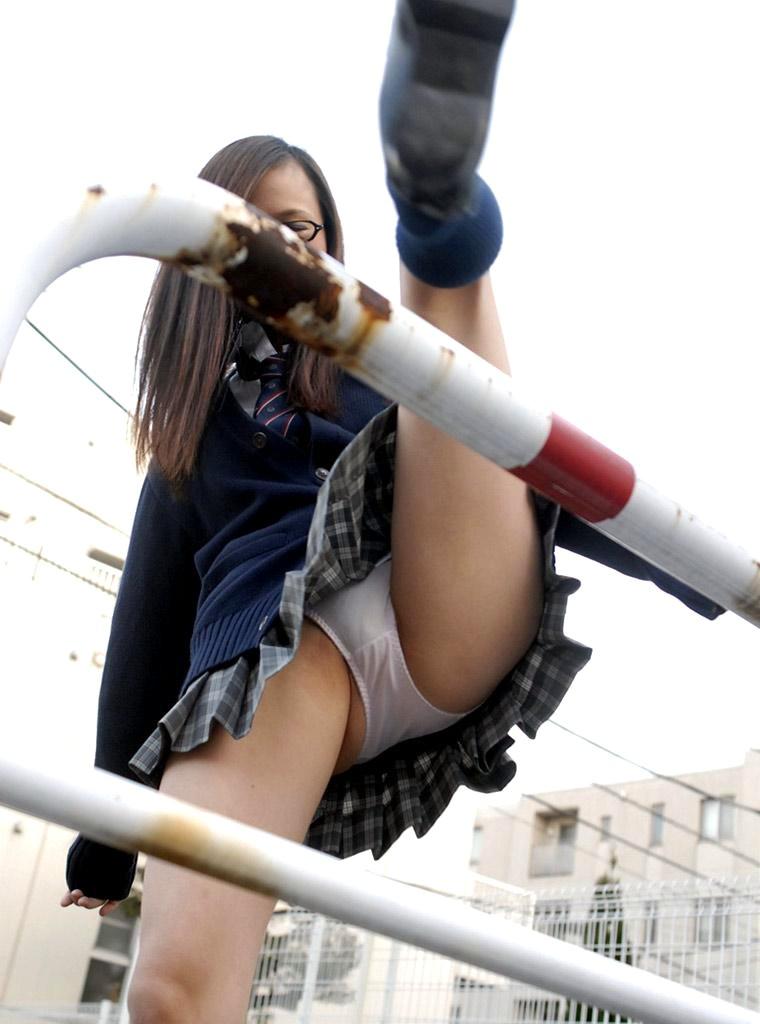 【美尻エロ画像】パンツを着用している状態のお尻が好きな人のためのケツ画像まとめ! 32