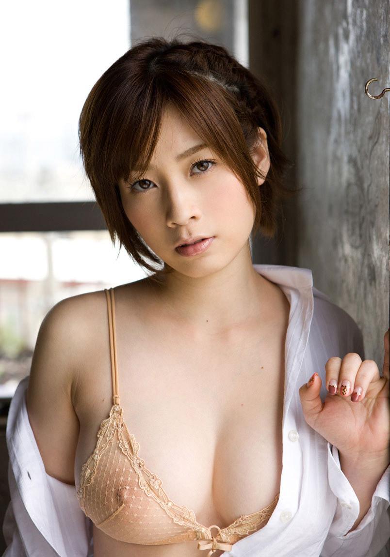 【透けエロ画像】ドストレートなのに全裸とは違うエロスがあるスケスケ画像まとめ!