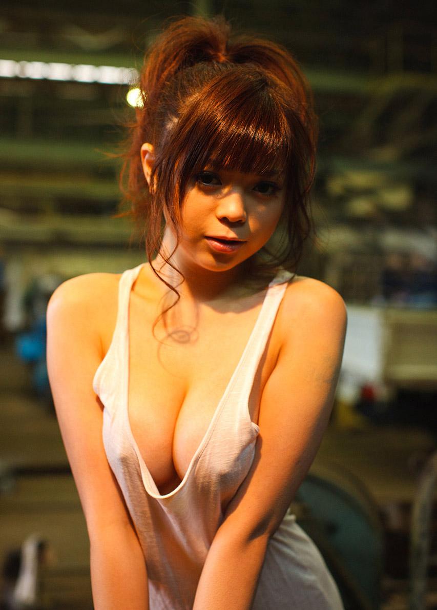 【透けエロ画像】ドストレートなのに全裸とは違うエロスがあるスケスケ画像まとめ! 10