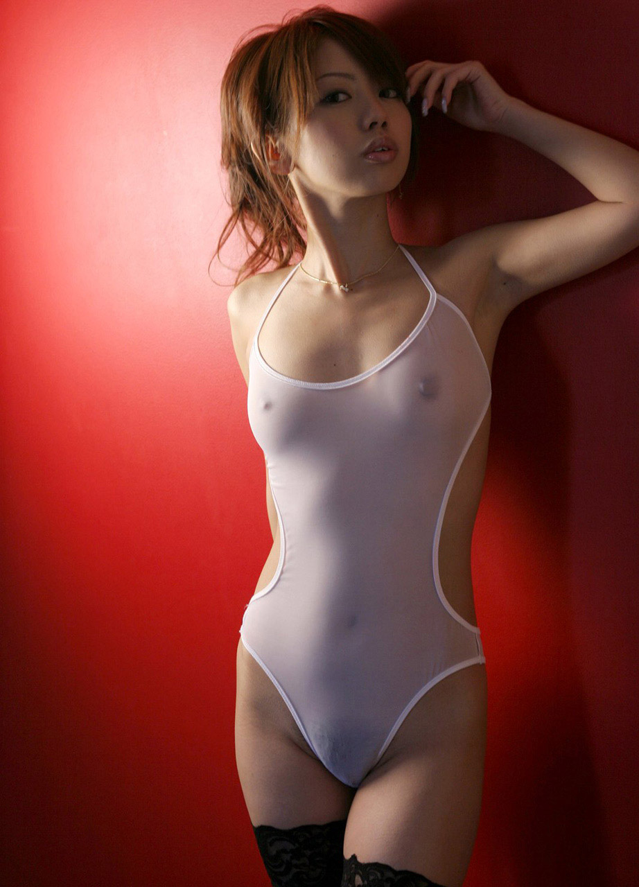 【透けエロ画像】ドストレートなのに全裸とは違うエロスがあるスケスケ画像まとめ! 17