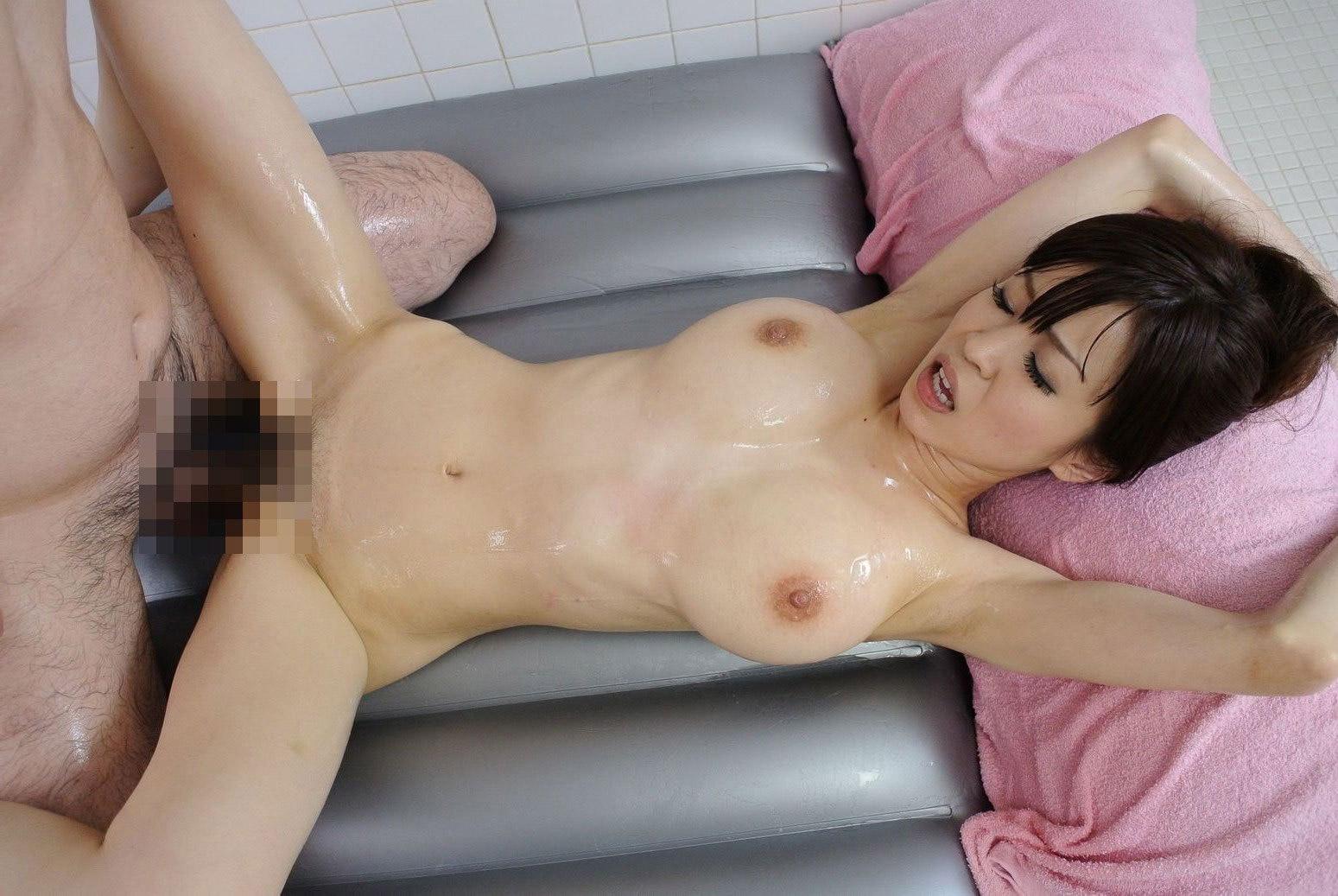 【セックスエロ画像】色っぽいスタイルの女の子がハメハメしている画像が見たいんです! 10