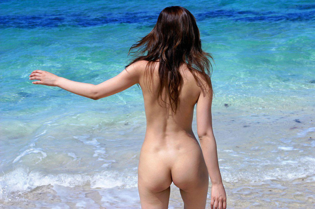 【背中エロ画像】スタイルのいい女性は背中を晒しておけば誰でも落とせるwww 30