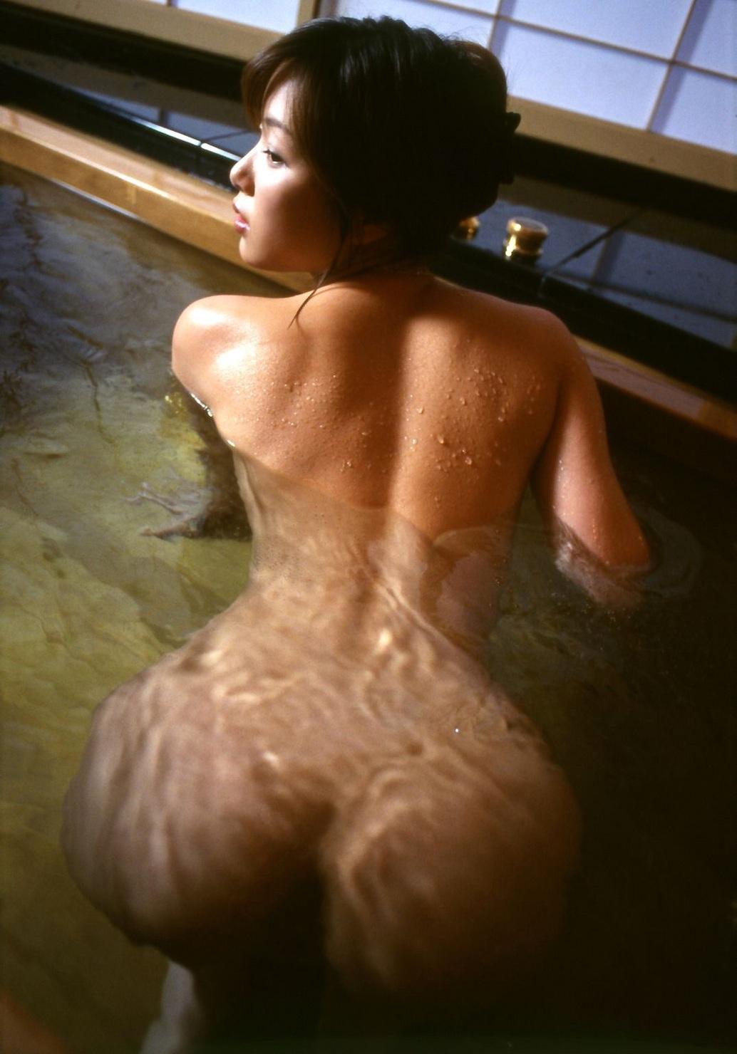 【風呂エロ画像】寒い季節じゃなくても女の子と風呂入りたくなるもんだなwww 01