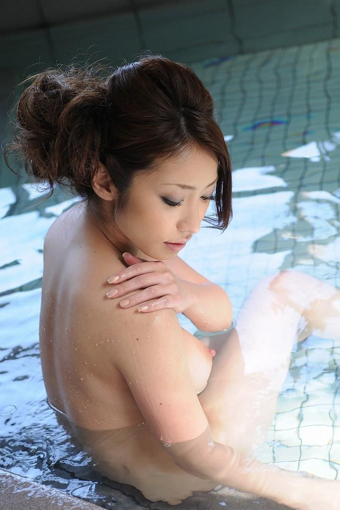 【風呂エロ画像】寒い季節じゃなくても女の子と風呂入りたくなるもんだなwww 13