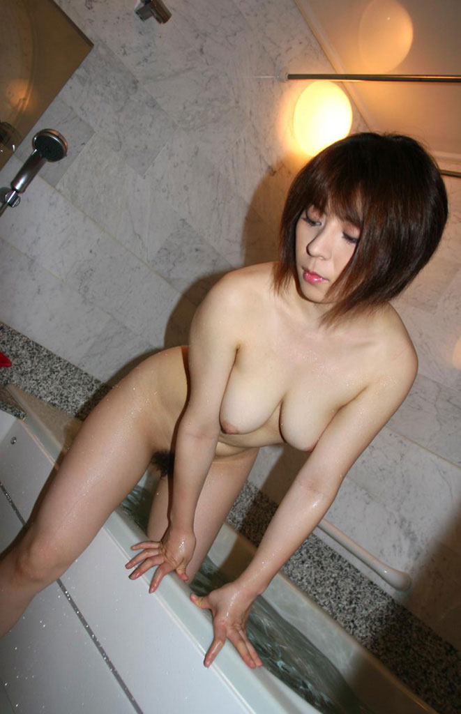 【風呂エロ画像】寒い季節じゃなくても女の子と風呂入りたくなるもんだなwww 17