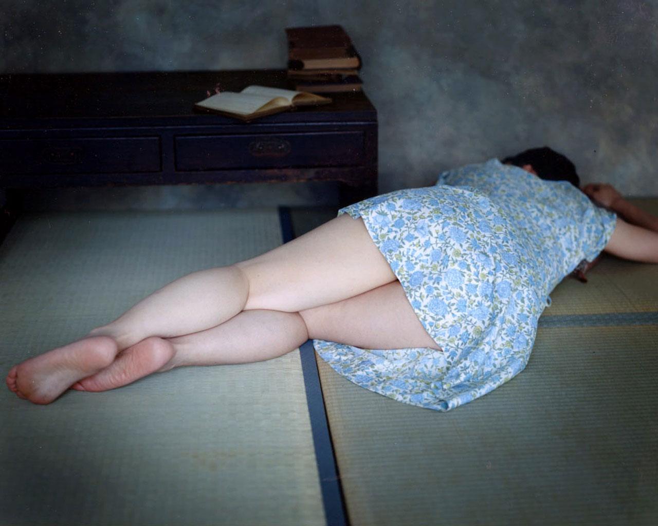 【足裏エロ画像】女性の足裏に興奮するという紳士な人のためのエロ画像まとめ! 37