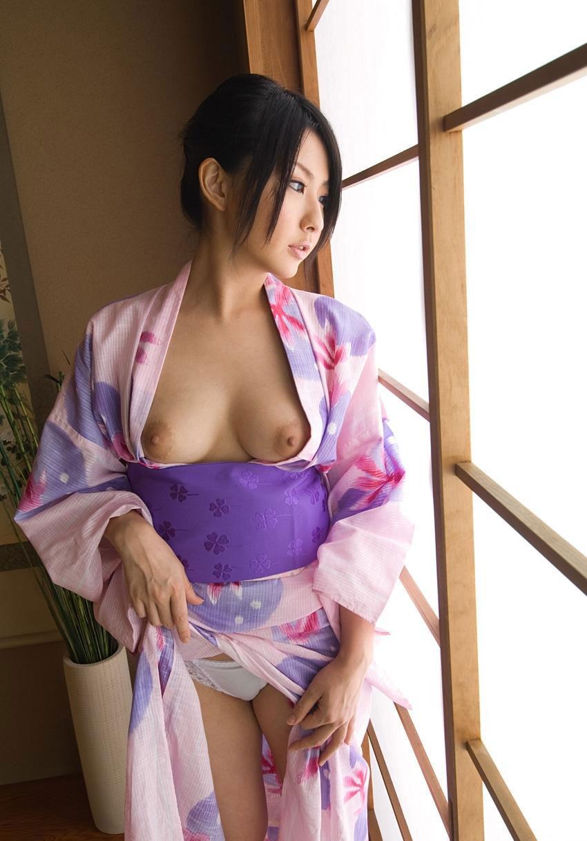 【浴衣エロ画像】年末までに女の子と温泉行って浴衣エッチするんだ! 06