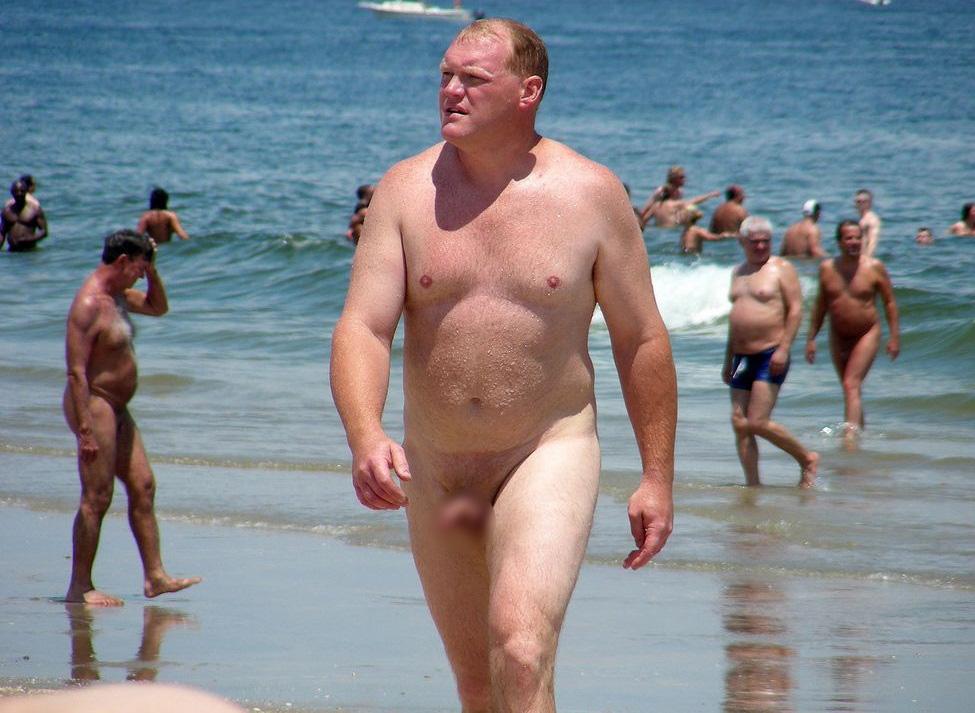 【ヌーディストビーチエロ画像】生で全裸女性が見れる浜辺があると聞いてwww 21